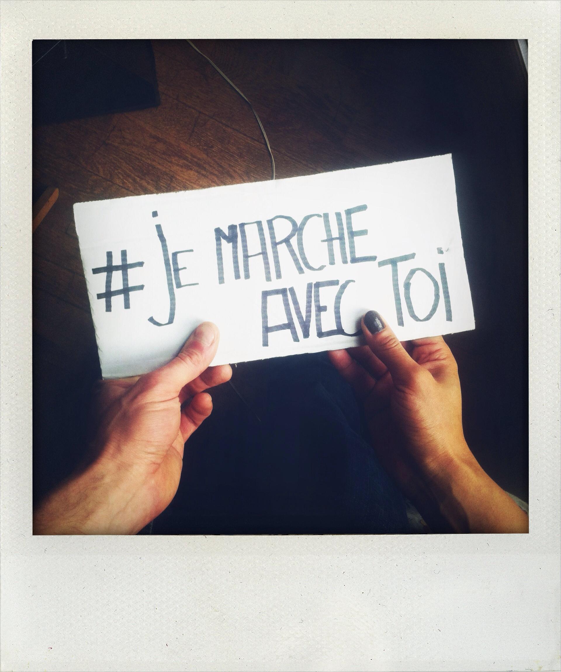 # Je Marche Avec Toi - L'Homme Itinérant